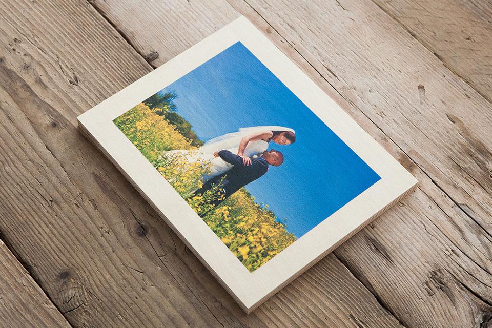 Печать фото на дереве москва