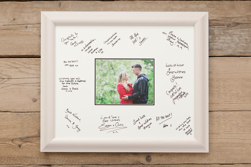 Signing Frame Loxley Colour
